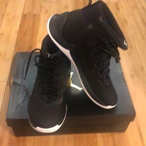 Men's Jordan Ultra Fly 2 size 10 new
